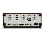 Izolowane kanały wejściowe (500 Vpk) i generator eliminują konieczność zastosowania tłumików lub transformatorów impulsowych