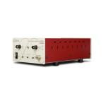 LPA400 posiada regulacje wzmocnienia x50, x200 i x500 na przednim panelu urządzenia
